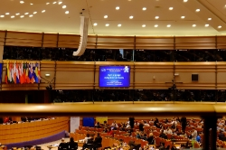 Многоезичие и равни права в Европейския съюз: ролята на жестовите езици_16