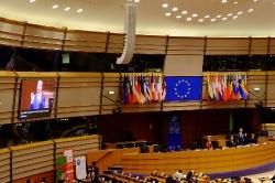 Многоезичие и равни права в Европейския съюз: ролята на жестовите езици_17