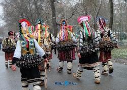 Ние ви чуваме на гости на Кукерландия – феерия от страшно и смешно_228
